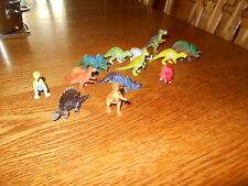 Lot of 13 unbranded  plastic Dinosaurs Wild Animal Toys/Figurines