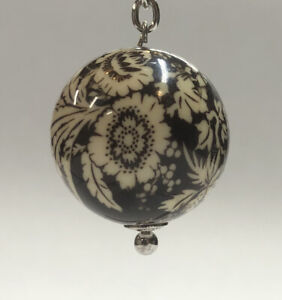 Vera Bradley NWT Imperial Toile Have a Ball Key Chain Key Ring With Clasp
