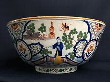 Large polychrome Delft chinoiserie punch bowl with Chinese decor, 19th century