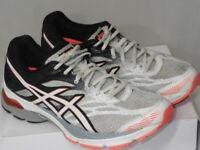 ASICS Gel Flux 4 Women's Size 9 Running Shoes White Black Orange Sneakers T764N