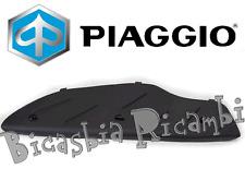 CM008902 - TAPPETINO PEDANA DESTRO PIAGGIO 125 250 300 500 BEVERLY TUTTI MODELLI