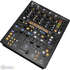 Behringer DIGITAL PRO DDM4000 5-Channel Digital Mixer - Rack-mount