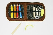Federtasche Buntstifte Schere Miniatur 1:12  Zubehör Puppenstube 1:6 Diorama