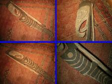 Statuaire de Culte Ypwoon , Black Water  , Papouasie