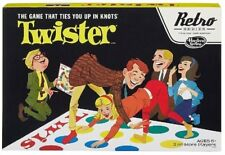 Hasbro B2851 Twister Game - 1966 Retro Series Edition