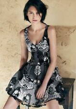 CUE Women Beautiful Luxe Black Multi Pleated Floral Dress Size 8, RRP $ 329