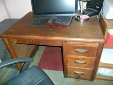 Vintage Oak Desk With Desk Chair A Beautiful Heavy Piece Of Furniture Pick Up
