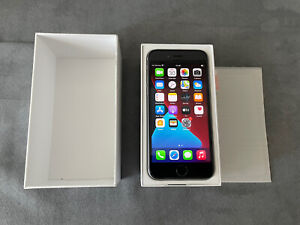 Apple iPhone 6s - 32GB - Space Gray (Unlocked)