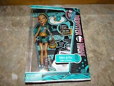 Monster High Nefera de Nile and Pet Original First Wave 1 1st NIB New