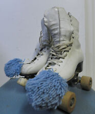 Vintage Pair White Leather Roller Skates Chicago Roller Skate Co Size 5 w/Case