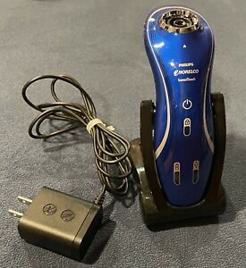 Philips Norelco SensoTouch 6100 1150x Shaver and Charging Unit Only