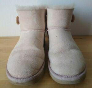 UGG Boots Mini Bailey Button rosa Gr. 37-38