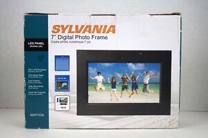 "SYLVANIA SDPF752B Digital Picture Frame 7"""