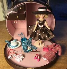 """Madame Alexander """"Cissette'S 1950'S Trunk Set� #34969 Le 750"""