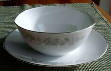Rose China - Claudia (Qty 1) gravy boat w/under plate # 3904 / Mint- condition