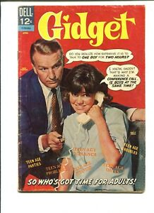 Gidget 1 GD 1.8 Dell 1966 Silver Age Sally Field Photo Cover TV Tie In
