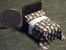 Dollhouse Miniature Halloween Bed 1:48 Quarter in scale 1/4 G69 Dollys Gallery