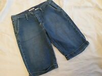 Vintage Levis 515 Ladies Size 8 Rolled Up Shorts