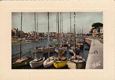LE POULIGUEN le port des yachts bateaux