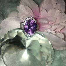 Gorgeous Oval Lilac Purple Cz ? Gem Stone  Silver Woman Ring 10 READ