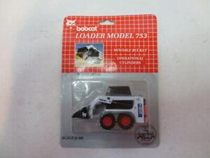 Bobcat Loader Model 753 Operational Cylinders 1:50 Scale