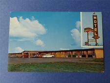 RAINBOW MOTEL POSTCARD SWIFT CURRENT SASKATCHEWAN CANADA TRANS CANADA HIGHWAY