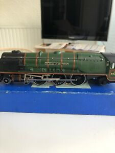 Hornby Dublo(3 Rail) - Duchess Of Montrose