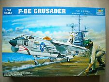 TRUMPETER-1/323-2272--F-8E CRUSADER