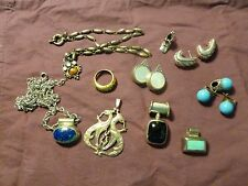 BOX LOT OF STERLING SILVER AND SEMI PRECIOUS JEWELRY LOT, EARRINGS AND PENDANTS