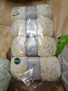SO CRAFTY BABY YARN white lemon 4 X 100g aldi chenille wool