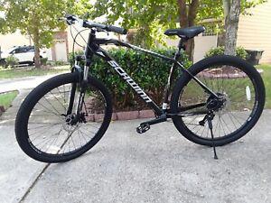 Schwinn Taff Mountain Bike, 29-inch wheels, 8 speeds, black / white (1x8) 2020