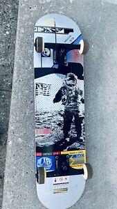 Alien Workshop Sectachroma Moonwalk Skateboard Deck Complete