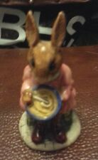 Royal Doulton Buntie Bunnykins Helping Mother DB2 excellent condition FREE P&P %