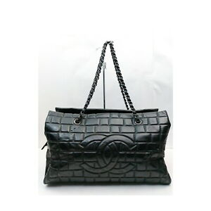 CHANEL Tote Bag Chain Black Patent leather 1134424