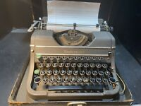 1936 Underwood Universal Touch Tuning Vintage Portable Typewriter Collectible