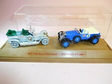 1:43 Lledo 1907 Rolls-Royce Silver Ghost + 1930 Bentley 4.5 Litre in Minivitrine