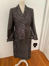Le Suit Women's 2 Piece Jacket/Skirt Suit Black and Silver Size 8