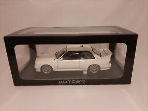 AUTOart 1/18 BMW M3 E30 DTM Plain Body Version (White)