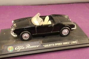 Newray 1997 1:43 1962 Alfa Romeo Giulietta Spider 1600cc Convertible