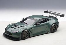 81306 Aston Martin Vantage V12 GT3 Verde 2013 , 1:18 Autoart