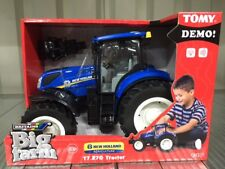 Tomy 43156A1 Holland T7.270 Tractor Toy