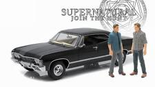 Voiture CHEVROLET Impala Sport Sedan SUPERNATURAL 2 Figurines Dean et Sam 1/18