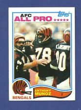 1982 Topps Anthony Munoz RC Rookie #51 (EX+) Very Nice Old Footbal Card * P7517