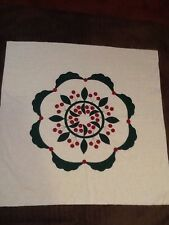 HAND APPLIQUED WALLHANGING QUILT TOP ~ CHERRY WREATH W/ SWAG BORDER