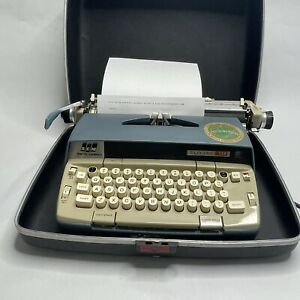SMITH CORONA Electra 120 - Vintage electric Typewriter with Case - Works Well!