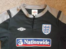 Genuine UMBRO Official ENGLAND Short Sleeve Football Shirt~2010/2012~XL Boy