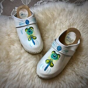 Vintage DALA CLOGS Swedish Hand Painted White Mules Wood Soles EU 39 US 8.5