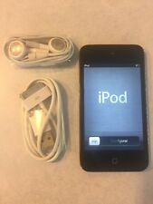 Apple iPod Touch 4th Generation Black (32 Gb) Great Condition Bundle