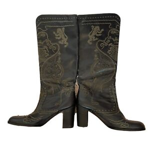 Anna Sui Vintage Runway Black High Heel Boots  Coat Of Arms Crest Size 9 39