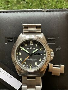 Fortis 39mm Automatic Cosmonaut - Rare Swiss Watch Ex Condition